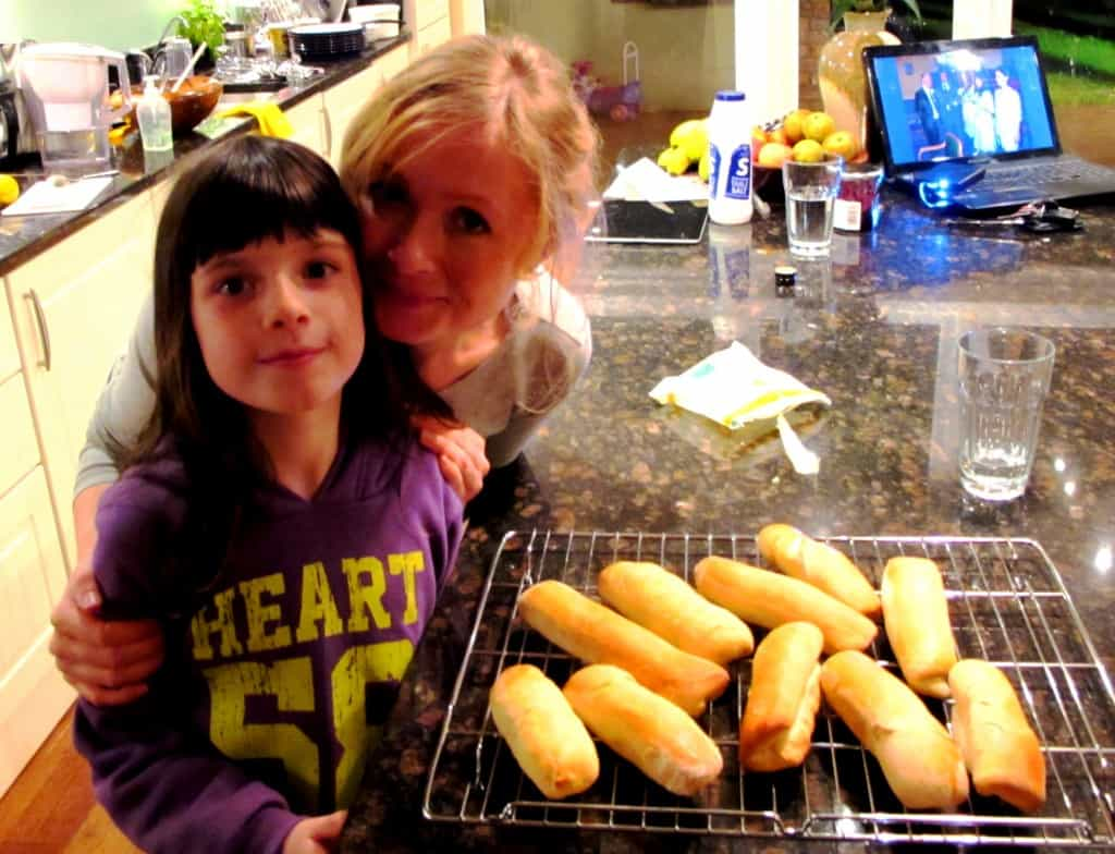 Pam Aoibhinn Proud Hot Dog Bun Bakers