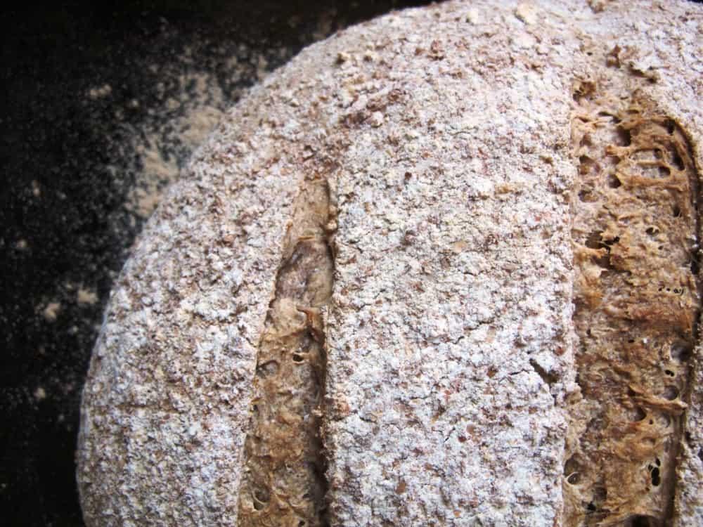 Pain de campagne loaf