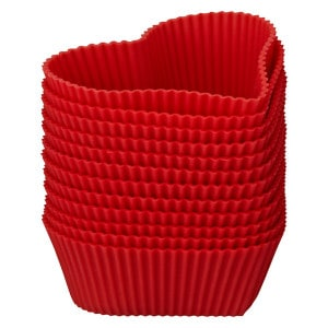 Heart-shaped silicone cake cases