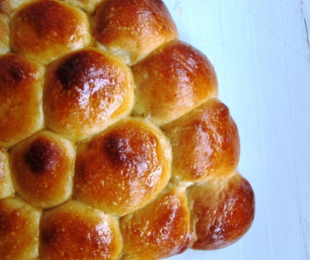 Pull apart bread