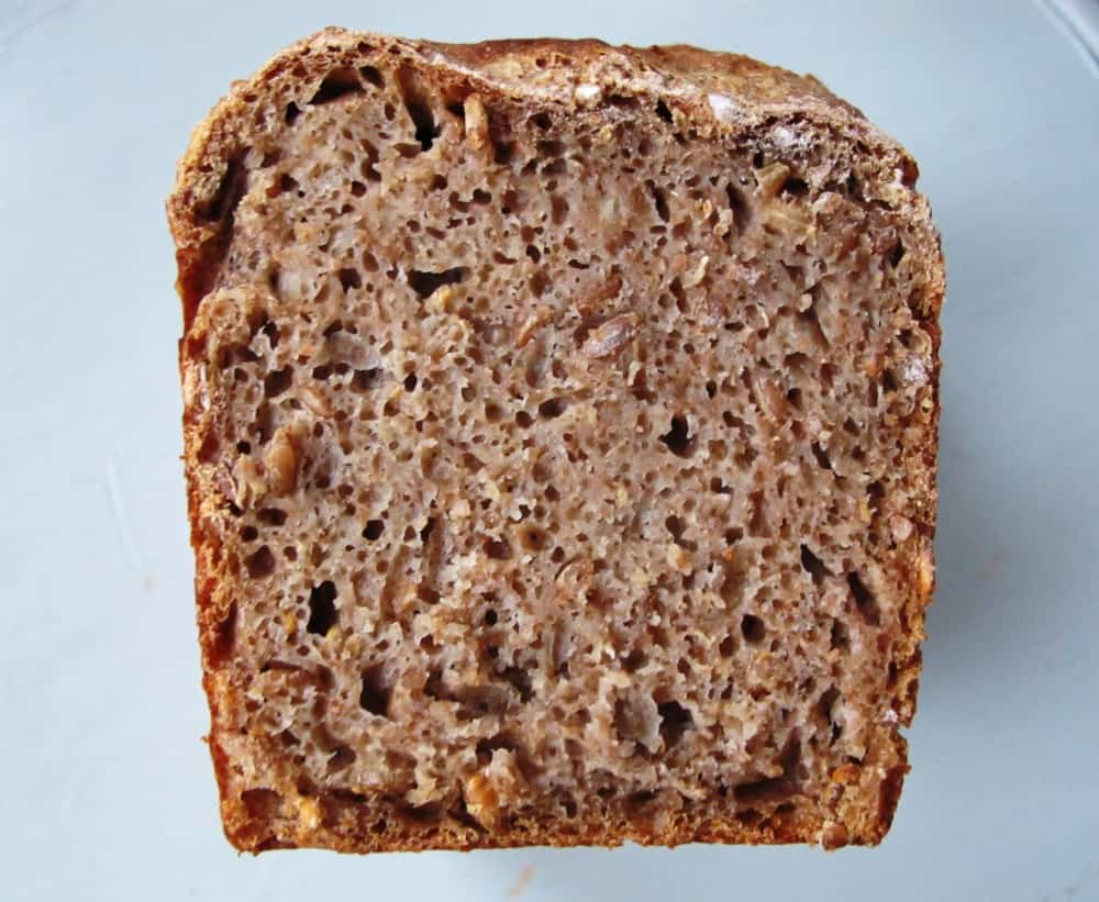 Pure wholemeal spelt sourdough bread