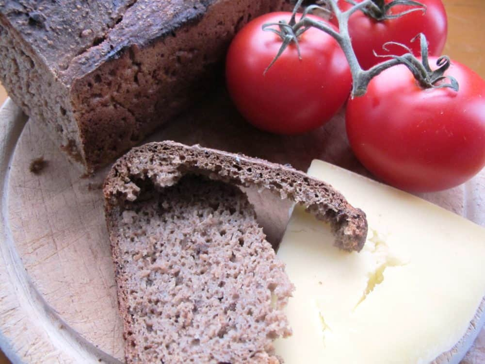 100% rye bread cheese tomatoes