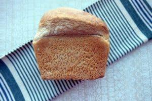 White bloomer bread
